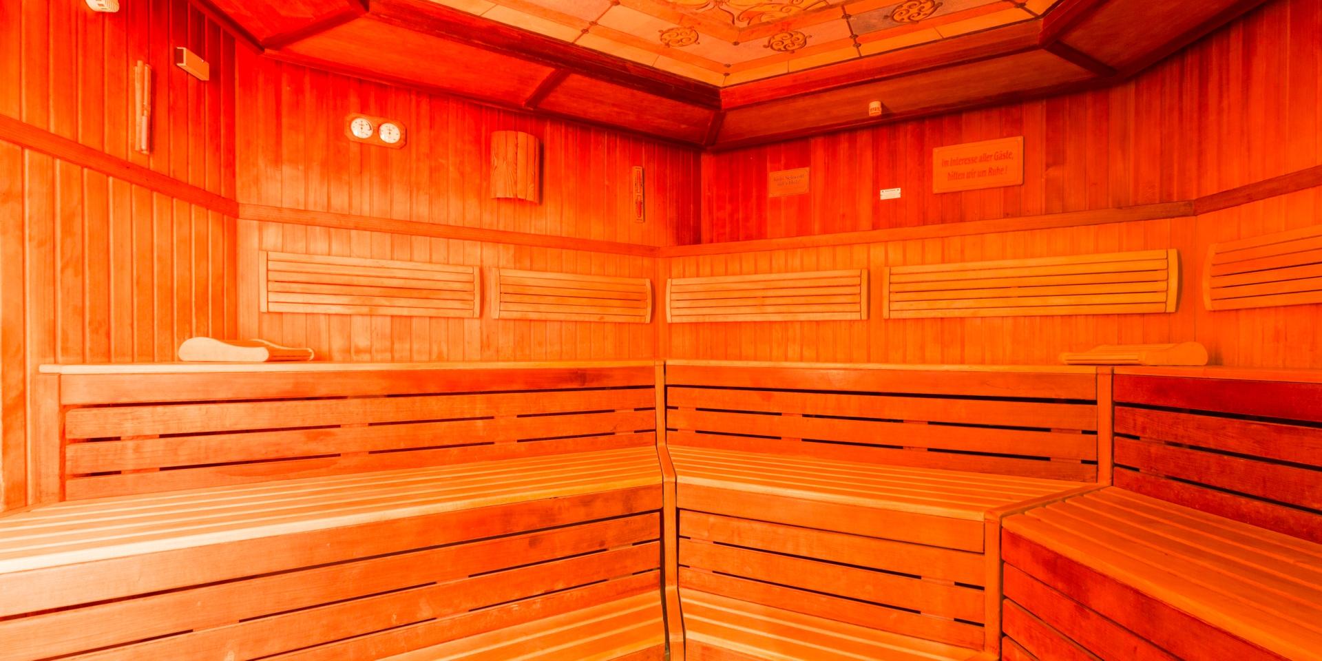 ficken in der sauna. Black Bedroom Furniture Sets. Home Design Ideas